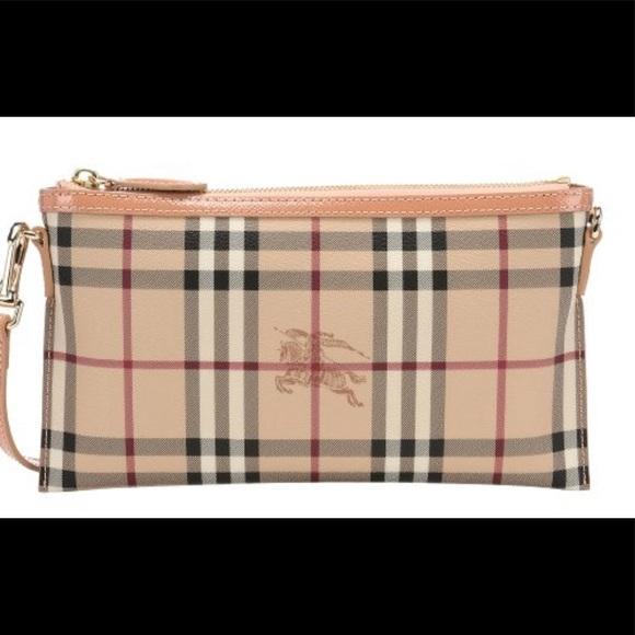 700544a28 Burberry Bags | Peyton Convertible Wristlet Crossbody | Poshmark